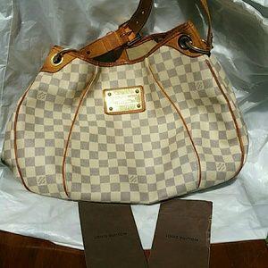 Used condition Authentic Louis Vuitton Galleria